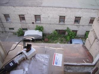 Камера смотрит на улицу